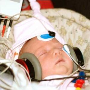 Neugeborenen Hörscreening Dr. Avelini und Dr. Weise HNO Praxis in Stuttgart